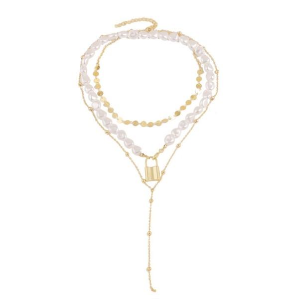 Различни видове дамски колиета в златист цвят с перли - D83 12