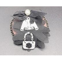 Кръгла дамска брошка с интересно наредени елементи върху нея - Е2-2