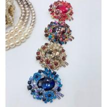 Елегантна брошка с впечатляващ дизайн в 4 варианта от цветове - Е13-8
