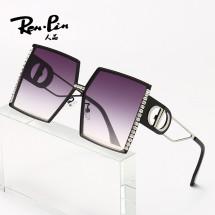 Елегантни дамски слънчеви очила с големи квадратни стъкла и кристали YJ70