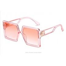 Големи дамски слънчеви очила с квадратни лещи във форма на буквата D