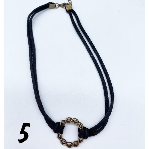 Черен гердан с висулка , закопчаване омар - D105 9
