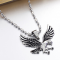 Интересна висулка във формата на летящ орел NSD23 3