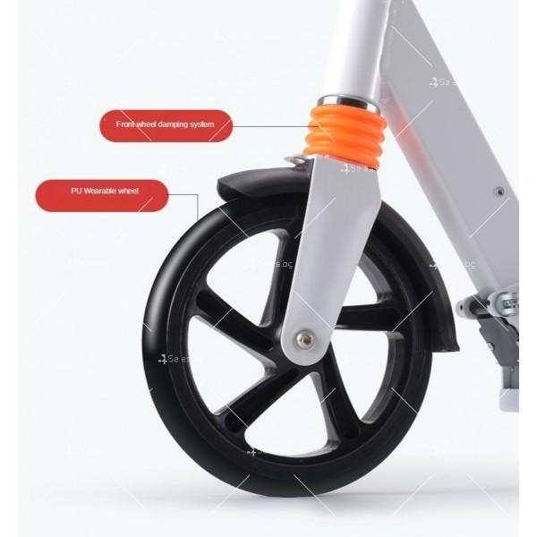 Сгъваема електрическа тротинетка с 8 инча гуми и скорост до 15 км./час SCOOTER5 8