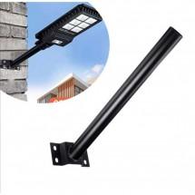 Тръбна метална стойка, предназначена за поставяне на соларна лампа
