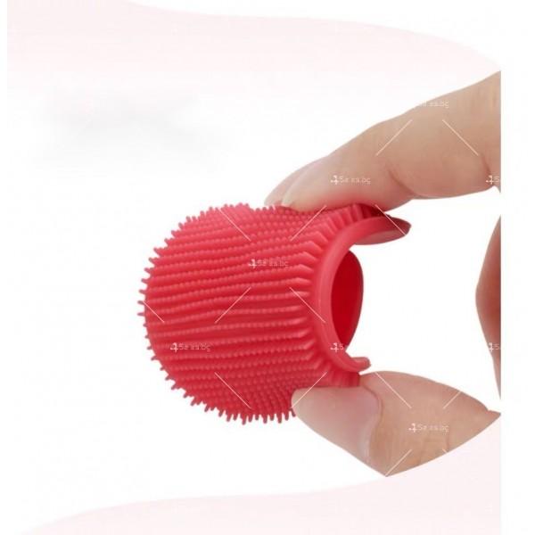 Овална силиконова четка с дръжка за почистване на лице HZS342 4