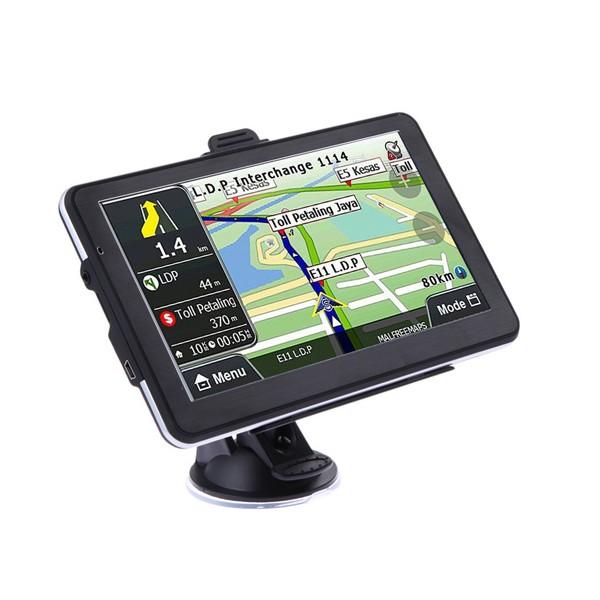 Навигация за кола с GPS, 7 инча HD екран и гласови указания на български