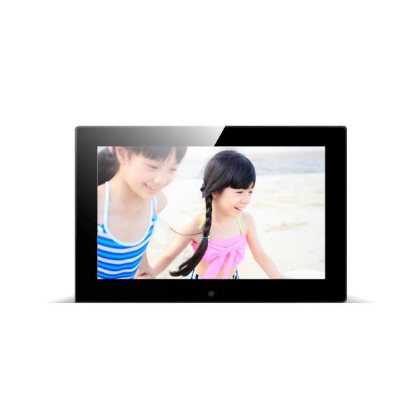 Дигитална фото рамка с 7 инча HD LCD екран и вградени будилник и часовник 1