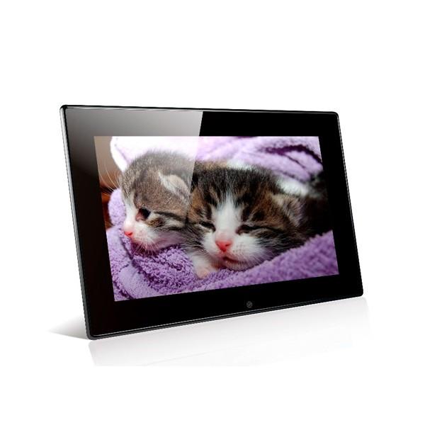 Дигитална фото рамка с 7 инча HD LCD екран и вградени будилник и часовник